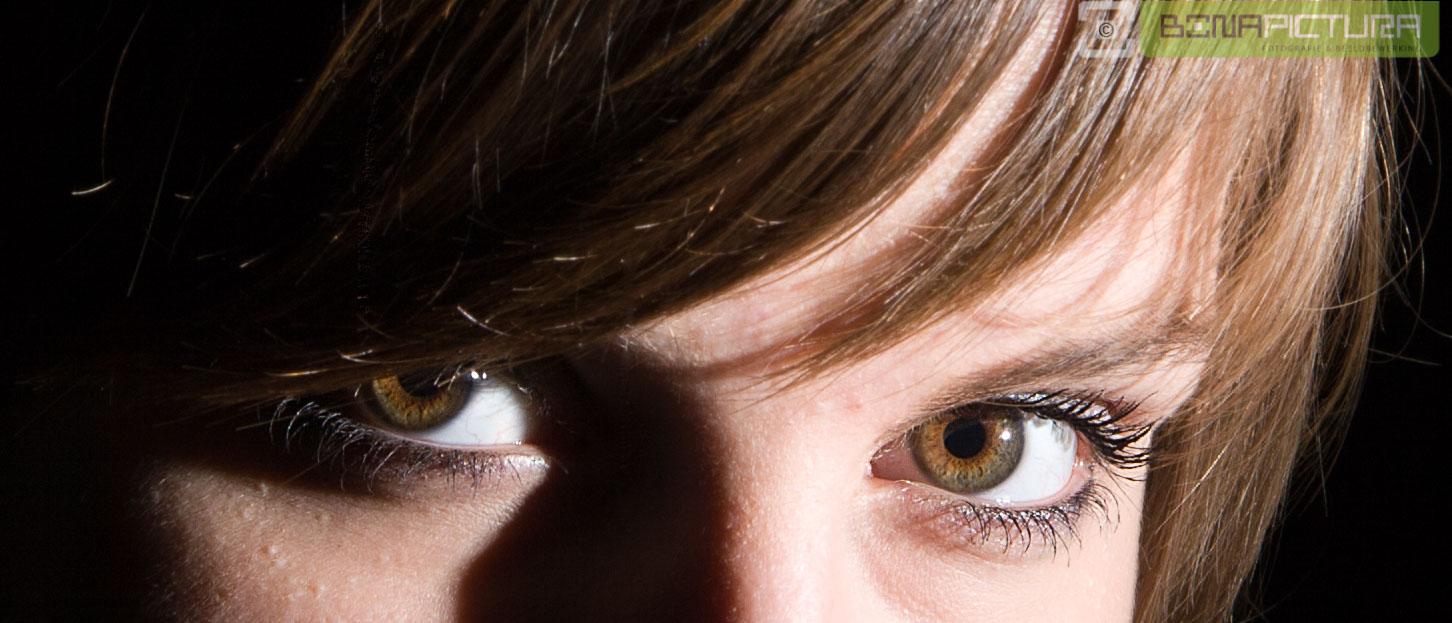 js_20071027_Eye_witness__v1.jpg